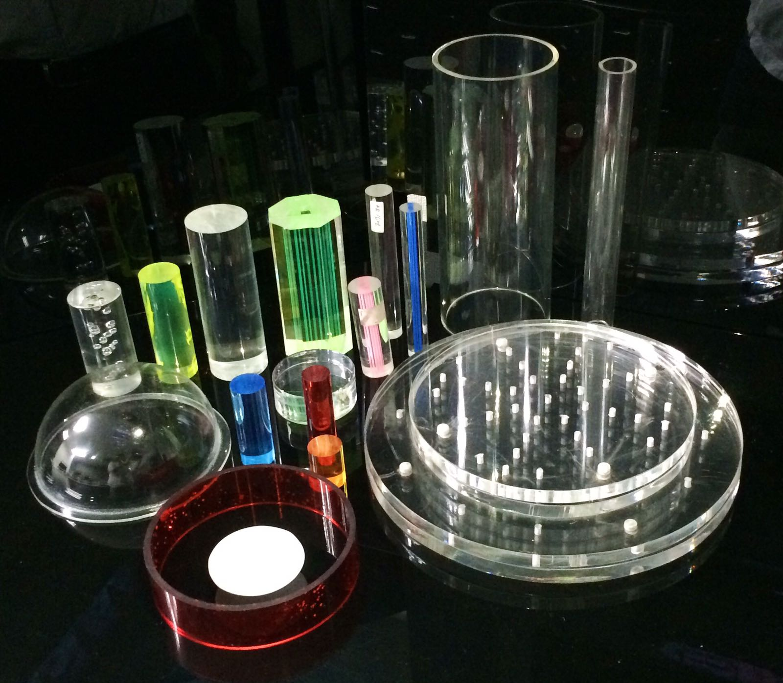 Highie - Acrylic Rods & Tubes